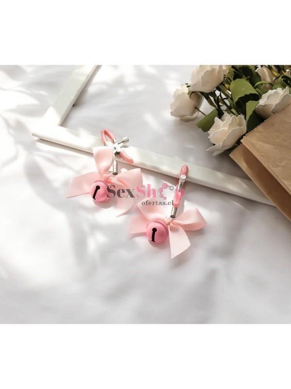 Pinza de Pezón con Cascabel y cinta de regalo rosado horizontal